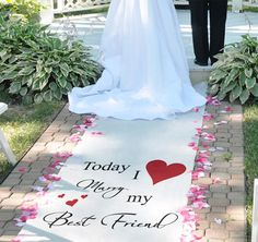 Personalized Classic Wedding Aisle Runner #theweddingoutlet
