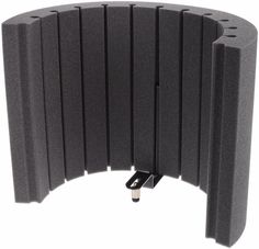 Flexi Screen Lite is Vicoustic's lightweight version of the popular Flexi Screen provides a portable, easy to assemble, microphone surround whose polyurethane structure is designed to give maximum absorption efficiency. Flexi Screen Lite has a dual functionality, absorbing the singer's energy on the inside to give a less ambient sound, while at the same time, partially absorbing scattered room reflections on the outside.