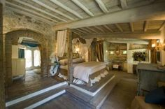 Bedroom in Tuscany