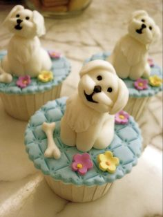 Maltese cupcakes by Cake Over Heels in Singapore
