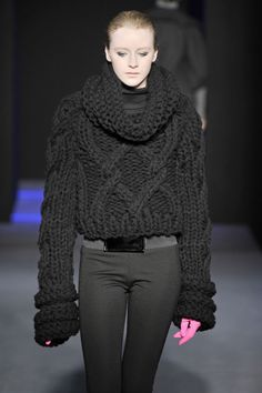 Via I am a Knitwear Designer...//MD  I NEED THIS KNIT WHEN I GO INTO THE COLD COLD WEATHER!!!