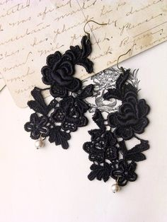 Lace jewellery by whiteowl