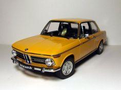 BMW 2002 ( vieille histoire) concept omaggio