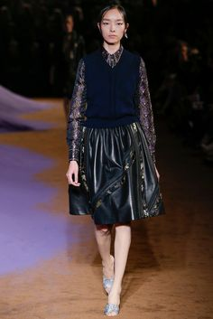 Prada Spring 2015 Ready-to-Wear - Collection - Gallery - Style.com http://www.style.com/slideshows/fashion-shows/spring-2015-ready-to-wear/prada/collection/35