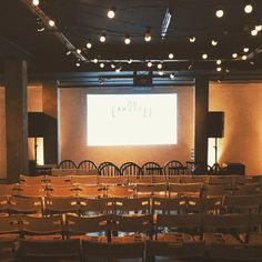 Looking for somewhere to show your film or for a warehouse-style venue for your company update or presentation? Look no further than @carouselspaces Our Downstairs Space can seat up to 85 guests theatre style #filmscreening #presentation #awayday #companyupdate #maryleboneeventspace #centrallondonvemie #blankcanvasspace