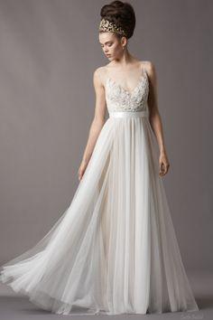 <3 LOVE  Bateau Neckline Hand-beaded Lace Bodice Natural Waist Soft Netting Casual Wedding Dress