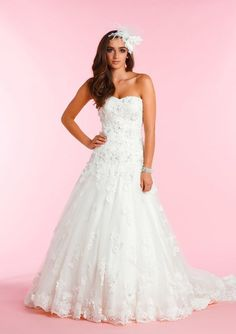 Diane Harbridge Laura is a beautiful strapless lace wedding dress with a 3D flower effect  which is guaranteed to turn heads!The A-line shape will flatter any figure. Finished with a cute sweetheart neckline, exquisite train and corset back closure. Size 14 Brand *** 30% off RRP *** RRP £1,395.00 £995.00 In stock