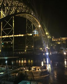 #portugal #porto #douro #duero #pontededomluis1 #여행스타그램 #야경 #포르투 #nightphotography #nightview #cityscape #cityview by _taegwon