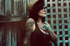 girls with glasses, fedoras, and tatoos are cool