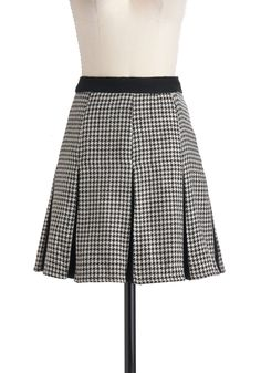Houndstooth Be Told Skirt - Short, Black, White, Houndstooth, Pleats, Work, Vintage Inspired, A-line