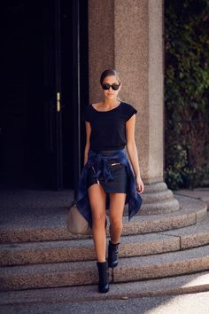 Skirt from IvyRevel / Acne t-shirt / shirt from Ginatricot / Alexander Wang rocco bag / Acne boots / RayBan wayfarers