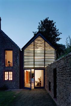 The Dairy House / Skene Catling de la Peña