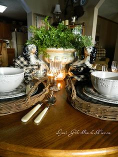 Lynne's Gifts From the Heart: ~ Black and White Staffordshire ~