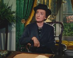 Mildred Natwick born June 1905 Died October 1994 aged 89 RIP Photo: The Widow Sarah Tillane in The Quiet Man I Movie, Movie Stars, Irish Movies, The Quiet Man, John Wayne Movies, Maureen O'hara, John Ford, Old Hollywood, Hollywood Actresses
