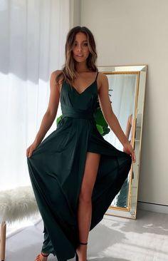 Green Formal Dresses, Green Wedding Dresses, Summer Wedding Outfits, Pretty Prom Dresses, Hoco Dresses, Satin Dresses, Ball Dresses, Silk Formal Dress, Wedding Summer
