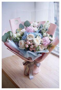 Boquette Flowers, Beautiful Bouquet Of Flowers, Luxury Flowers, Beautiful Flower Arrangements, Floral Arrangements, Beautiful Flowers, Birthday Flower Arrangements, Indoor Flowers, Flowers Garden
