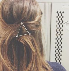 Triangle Hairpin