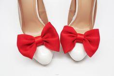 Znalezione obrazy dla zapytania czerwone buty ślubne