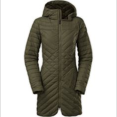ISO - North Face Karokora Jacket Looking for a green or black size small North Face Jackets & Coats Puffers