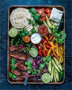 20 minute steak fajitas with avocado and lime sauce are the perfect flavorful weeknight dinner for Tapas, Cooking Recipes, Healthy Recipes, Food Platters, Food Presentation, Mexican Food Recipes, Food Inspiration, Love Food, Food Porn