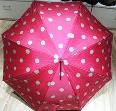 Rosa Schirm mit Tupfen (Langschirm) erhältlich bei Kirsches Taschen und Mehr...! in Bad Vöslau. www.kirsches.at Bad Vöslau, Pink, Umbrellas, Polka Dots, Dime Bags