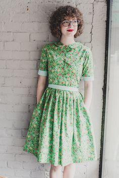 6cb719bb7d3 Šaty s límečkem Jahodová zahrada   Zboží prodejce Reparáda