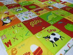 Babydecken - Krabbeldecke Box rot 135 x 124 cm - ein Designerstück von hcdesign bei DaWanda