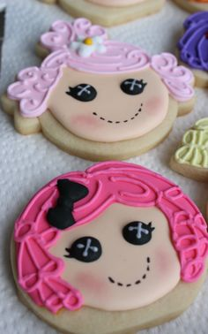 Lalaloopsy cookies or the light pink one as a baby cookie shape