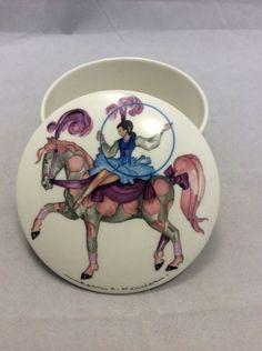 """Villeroy Boch Le Cirque Dish Trinket Box Lidded 4"""" Circus Jean Mercier Horse #VilleroyBoch #undertherooftreasures #lecirque"""
