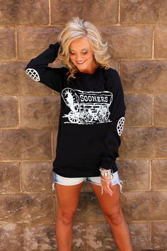 OKLAHOMA BLACK AND WHITE ELBOW PATCH TEE