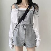 Korean Girl Fashion, Ulzzang Fashion, Korean Street Fashion, Kpop Fashion Outfits, Mode Outfits, Stylish Outfits, Korean Fashion Styles, Korean Casual Outfits, Fashion Tips