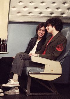 Julian Casablancas and Fabrizio Moretti | The Strokes Babbyyy, and one of the boys  tew kewter