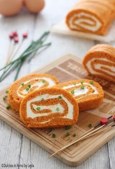 Rotolo al pomodoro e philadelphia di pan di spagna salato Dulcisss in forno by Leyla