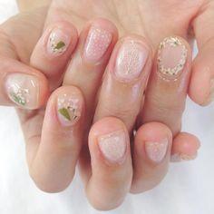 Pressed Flower Nail Art