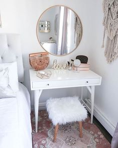 Best Free of Charge Home decor style small spaces Style , Small Bedroom, Small Vanity, Small Space Solutions Gold Home Decor, Home Decor Bedroom, Diy Bedroom, Bedroom Storage, Wall Storage, Design Bedroom, Bedroom Furniture, Master Bedroom, Bedroom Shelves