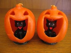 Two Vintage Gurley Halloween Cat inside Jack-O-Lantern CandlesApprox. tallBoth are in very good condition, one has a couple of scrapes (see last photo)please email any questionsI have more Gurley H. Vintage Halloween Cards, Retro Halloween, Vintage Halloween Decorations, Halloween Candles, Halloween Drinks, Halloween Items, Couple Halloween Costumes, Halloween Cat, Vintage Holiday