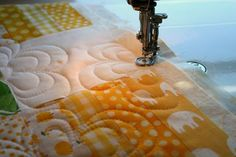 Machine Quilting Loopy Flowers - each flower is its own unit - maybe an easy beginner pattern??