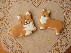 Corgi cookies! Dog Cookies, Cute Cookies, Cupcake Cookies, Sugar Cookies, Animal Themed Food, Cookie Designs, Royal Icing Cookies, Cute Food, Yummy Food