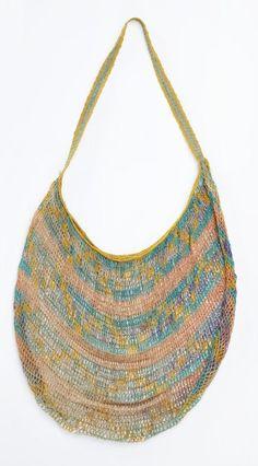 Object: Bilum (string bag) from Museum of New Zealand Te Papa Tongarewa