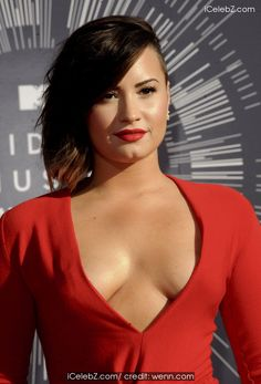 Demi Lovato The 2014 MTV Video Music Awards at The Forum http://icelebz.com/events/the_2014_mtv_video_music_awards_at_the_forum/photo17.html