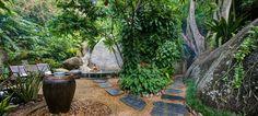 Spa Samui Thailand - herbal steam tradition Thai wellness massage