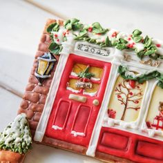 Christmas wall#royalicingcookies #sugarcookies #decoratedcookies #cookieclass #cookiedecorating #cookieart #3dcookies #christmascookies #handpainted #biscotti #biscoitosdecorados #糖霜餅乾