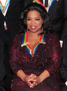 Oprah was awarded an exemplary lifetime achievement award in the 2010 Kennedy Center Honors - other recipients the same year included composer and lyricist Jerry Herman, dancer, choreographer and director Bill T. Jones and musician Paul McCartney. Oprah Winfrey Network, Women In Leadership, Successful Women, Powerful Women, Classic Hollywood, Strong Women, Women Empowerment, Business Women, Celebrity Style