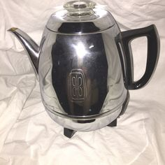 Vintage General Electric GE 68P40 9 Cup Coffee Percolator Potbelly Shiny Works! #GeneralElectric
