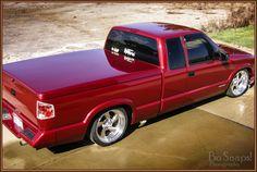 Dippin #chevrolet #chevy #s10 #canon #minitruck #BoSnapsPhotography #usa #america Mini Trucks, New Trucks, Chevy Trucks, Chevy S10 Xtreme, S10 Truck, Lo Rider, Custom Pickup Trucks, Utility Trailer, Chevy Silverado