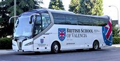 Trabajo de diseño y de aplicación de marca realizado para British School of Valencia en su nueva flota de autobuses