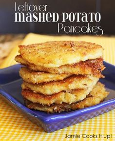 Leftover Mashed Potato Pancakes from Jamie Cooks It Up!: these were phenomenal! Used leftover garlic mashed potatoes, shredded cheese, panko crumbs which were awesome, and cooked in cast iron skillet mins ea side. Leftover Mashed Potato Pancakes, Mashed Potato Recipes, Potato Dishes, Food Dishes, Side Dishes, Recipe For Potato Pancakes, Vegetable Dishes, Food Food, Gnocchi