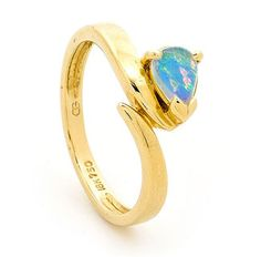 A beautiful Australian Light Opal ring. One of our latest Australian Light Opal 18k yellow Gold ring developments by our experienced in house Jewellers. Our organization singles out the best Opals from the Coober Pedy mining region for each of our Rings. Opal is a unique Gemstone that displays a variety of colours and patterns, each stones from Opals Australia is one of kind and would make a great addition to any Jewellery collection. #opalsaustralia