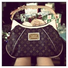 Wow__Worth it! Cofortable and cheap Fashion Purse and Handbags.