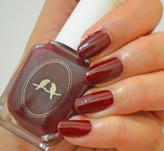 Swatch of Chloe and Isabel nail polish Moulin Rouge by Nails Context #nailscontext #cnibysony #chloeandisabel